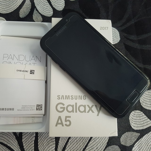 Samsung GALAXY A5 2017 Black second