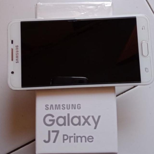 Samsung Galaxy J7 Prime 2017 Telepon Seluler Tablet Di Carousell