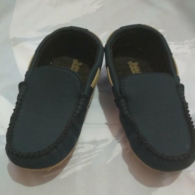 Sepatu size 11