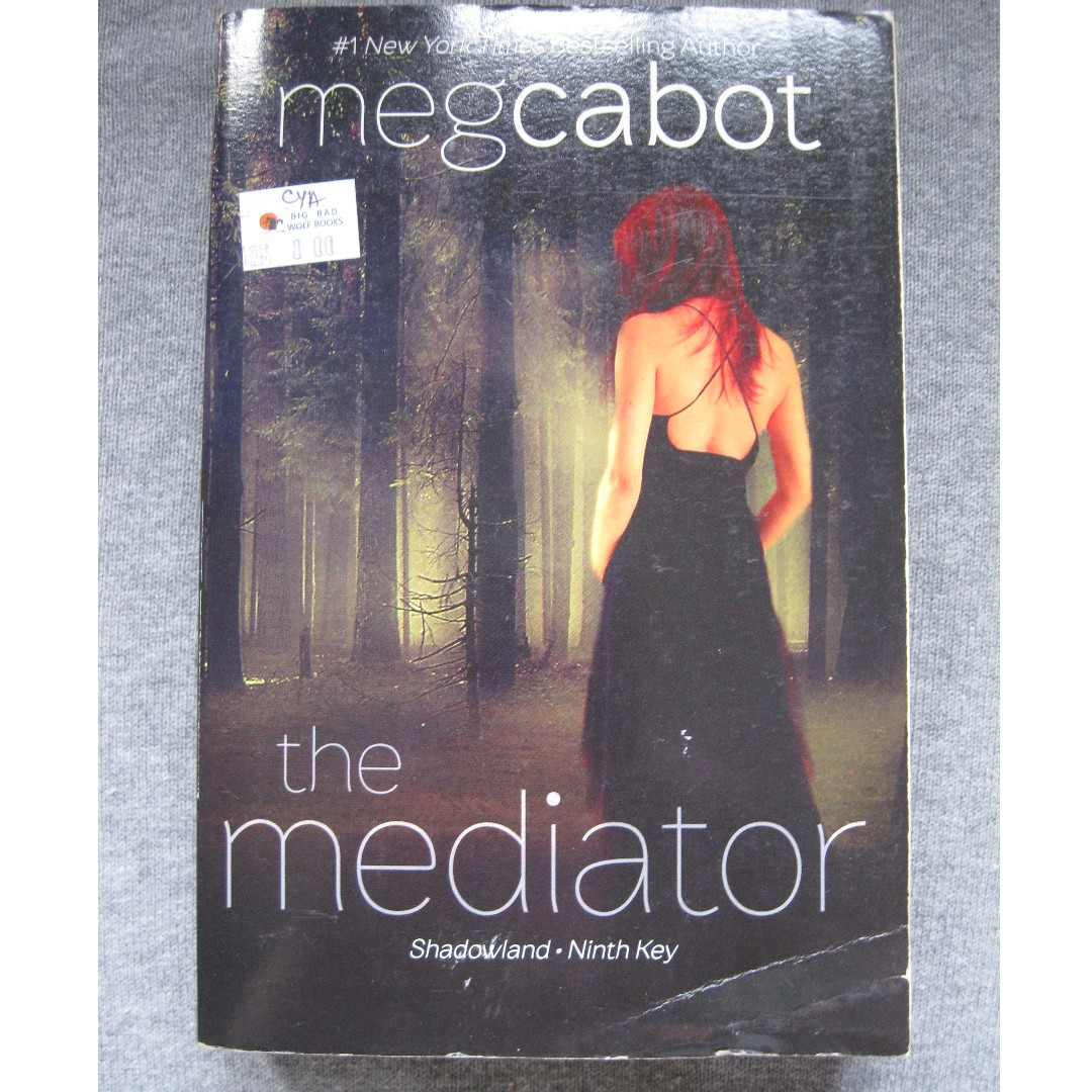 Shadowland (The Mediator #1) by Meg Cabot