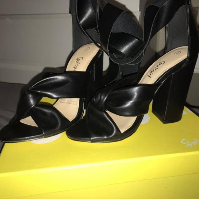 Sportsgirl heels