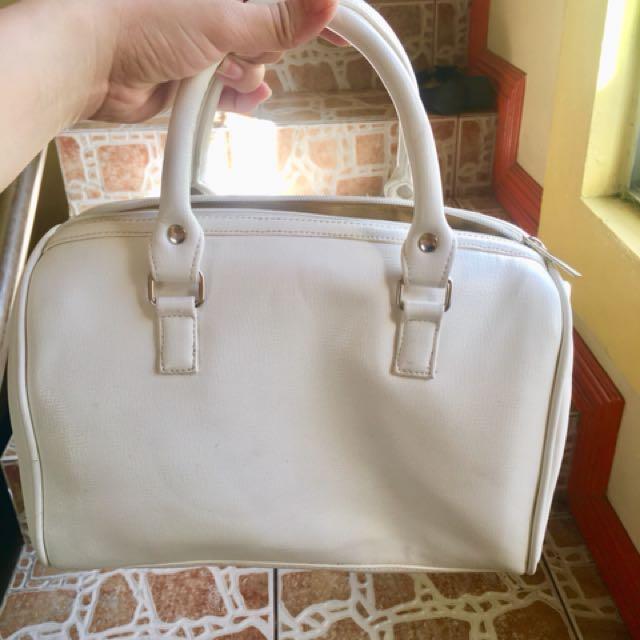 White speedy bag