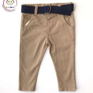 Pants khakis + belt
