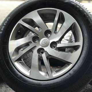 Original myvi ikon sports rim 14 inchi tyre 95%