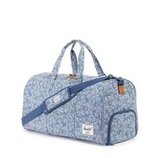 Herschel Duffle Bag Floral Chambray 42.5L (Used)