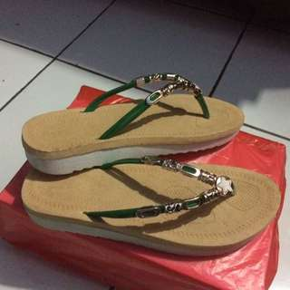 Dong R Sandal Import