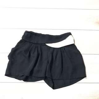 🚚 Girl'a Monday雪紡口袋黑短褲