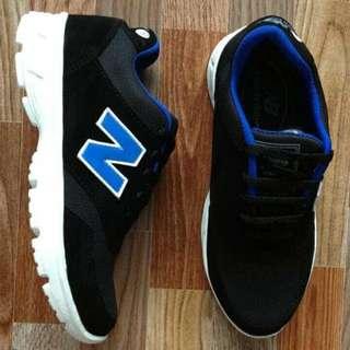 Sepatu sport joging New balance black blue DMC13 special edition