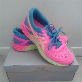 Price drop- Asics running shoes