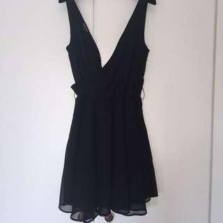 Dress Hitam Wetseal