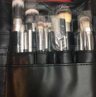 Morphe Brush Set (30 brushes)