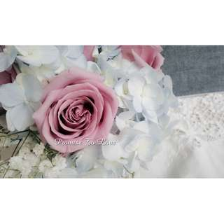 Fresh Roses, Blue Hydrangea & Baby's Breath Bridal Bouquet (Wedding / ROM/ Bridesmaid / Proposal/ Anniversary /Engagement )