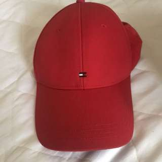 Tommy Hilfiger OS red