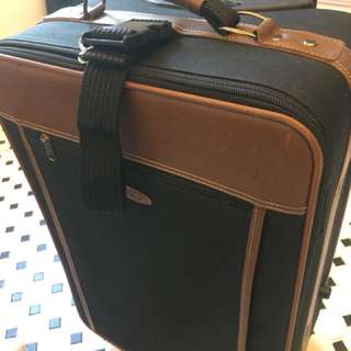 Carry on travel bag