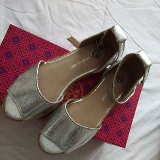 River Island Metallic Sandals( Used once)