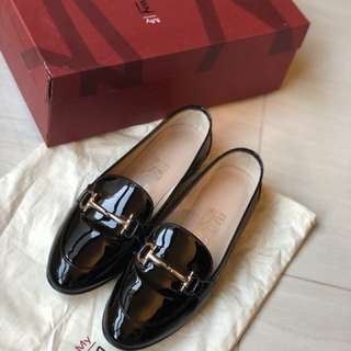'My informal' Gancini Loafer-Nero-Patent Leather