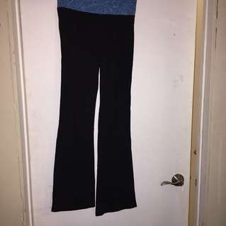Size M yoga pants