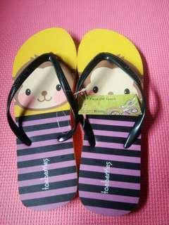 Toeberries slipper