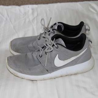Nike Grey Roshe Runs