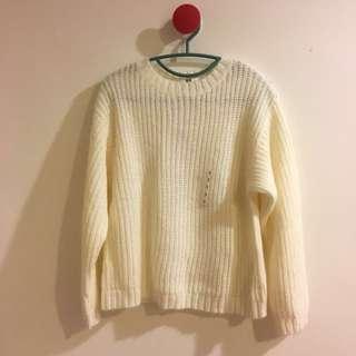 🚚 Uniqulo 白色 針織 長袖 毛衣
