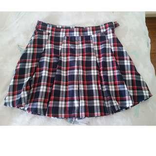 Checkered skirt - size 10