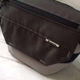 Vanguard Camera Bag (S)