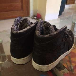 Nike Air Jordan Authentic