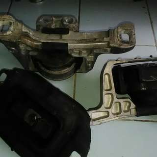 Mounting ford focus N mazda3/5