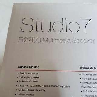 Edifier multimedia speaker R2700
