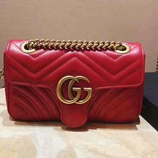 GG Marmont Quilted Shoulder Handbags