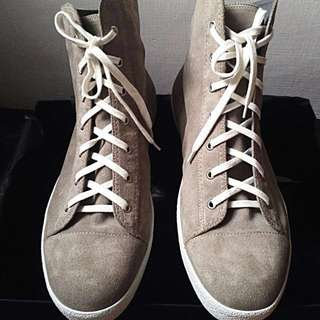 REPRICED! Viktor & Rolf Hi Top