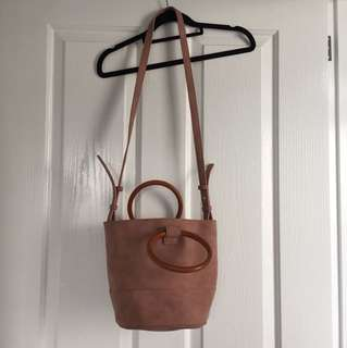 Country Road bucket bag blush