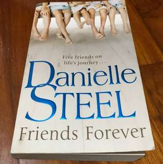 "Books Danielle Steel ""Friends Forever"""