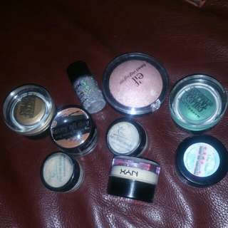 Lot of 3 pigments, 2 Maybelline colour tattoos, 1 Essence stay all day cream eyeshadow, 1 NYC yellow corrector, 1 NYX glitter pigment, 1 Elf baked highlighter