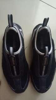 Sepatu Reebok anak
