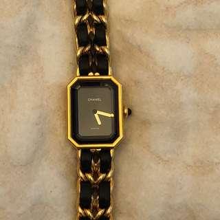 Chanel Vintage Premiere Watch size L