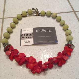 Birdie hill red and green necklace