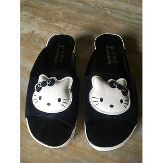 Hello kitty slipper