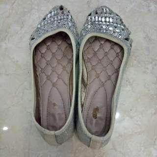 Sepatu bling bling