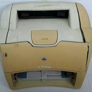 HP 1300 Printer, Two Set, One Can Print Left Half Side. Another Is Spoilt Unit. This Two Set Can Use As Spare Part. Any Offer Can Consider
