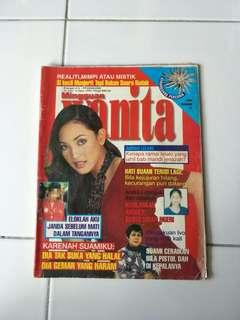 Majalah Mingguan Wanita 1999 Bil819