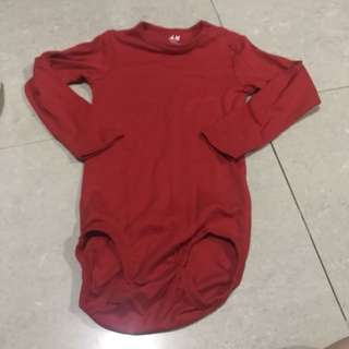 1 & 1/2 - 2 yrs body suit h&m red unisex