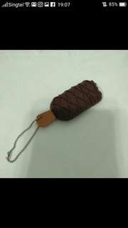 Ice cream thumb drive