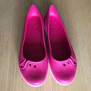 Crocs W8 Hello Kitty Hot Pink