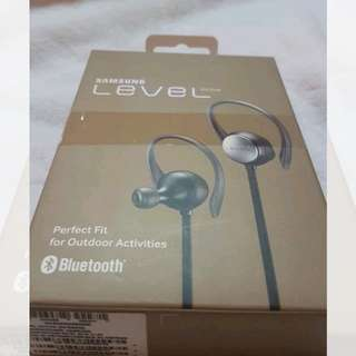 STILL AVAILABLE!! Original Samsung Level Active Headset FROM 3,500 to 3,000
