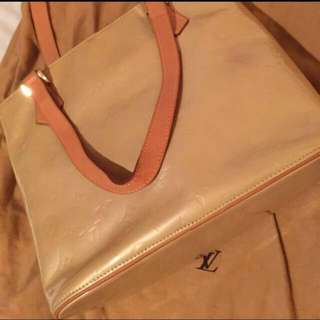 Louis Vuitton Handbag with dust bag
