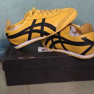 Onitsuka Tiger Lace Up Sneakers