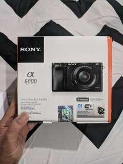 SALE! Jual Cepat Sony A6000-L (dengan lensa kit)