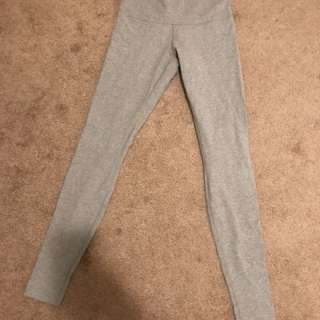 LULULEMON grey tights Size 8