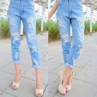 Boyfriend highwaist jeans ripped